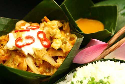 Best meals in Cambodia - national dish Amok