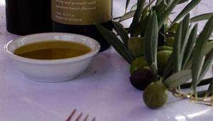 Cobram-Estate's-Extra-Virgin-Olive-Oil