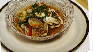 Razor-clams-and-chorizo-stew
