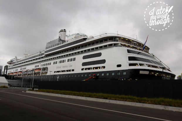 Holland America Line, ms Amsterdam in Sydney