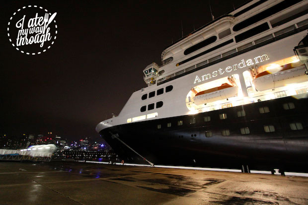 ms Amsterdam at night