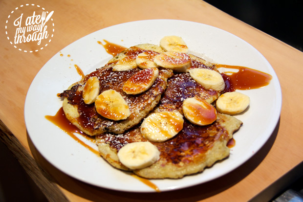 Raspberry pancakes with Salted Caramel and banana