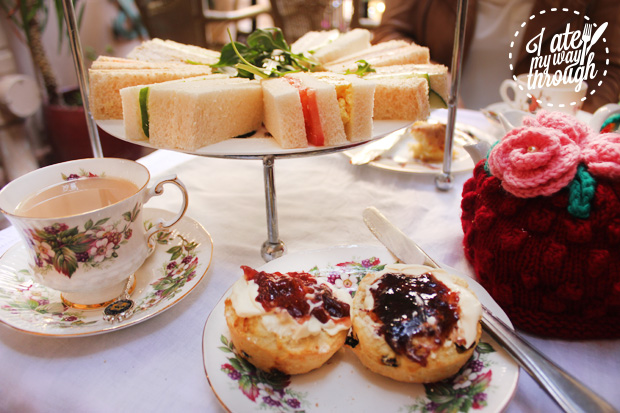 Scones at High Tea