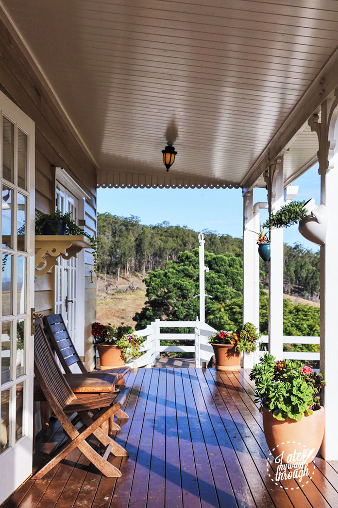 branell_homestead_porch