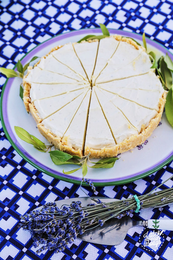 lemon_mytle_cheesecake