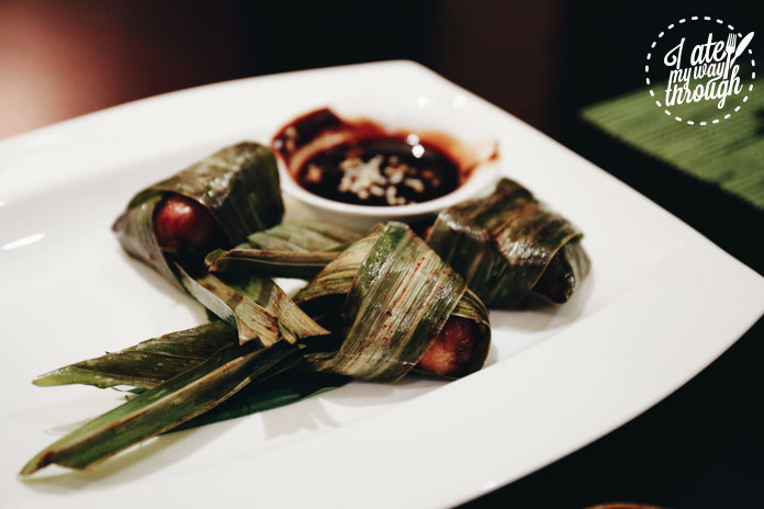 Gai Hor Bai Toey. Deep Fried Chicken Wrapped in Pandanus Leaves