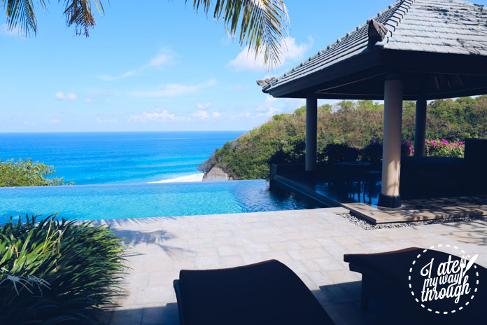 Private 25m infinity pool